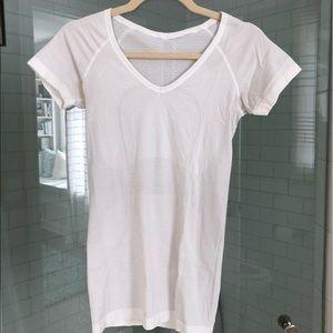 Lululemon white v-neck shirt